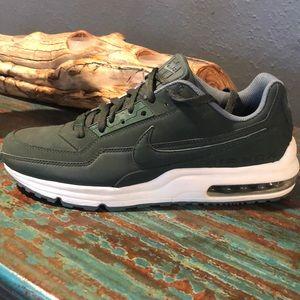 Men's Nike Airmax